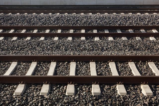 15-year-old killed crossing train tracks near Rolle station