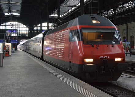 Man crushed under train at Winterthur station