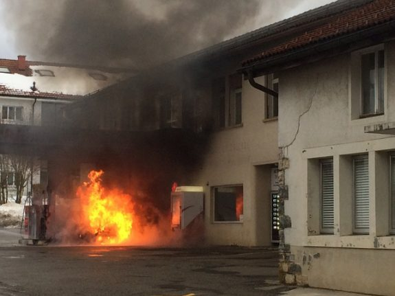 Man dies in car fire at Jura petrol station on New Year's Eve
