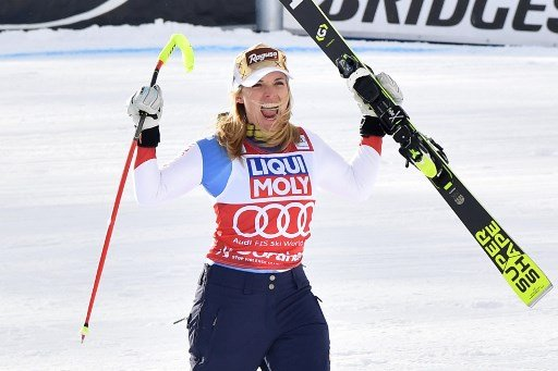 Lara Gut sweeps to World Cup victory in windy Italy