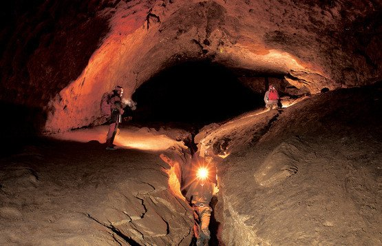 Trapped cavers return home after five-day ordeal