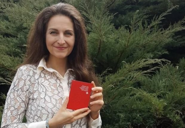 Dutch anti-cowbell campaigner finally handed Swiss citizenship