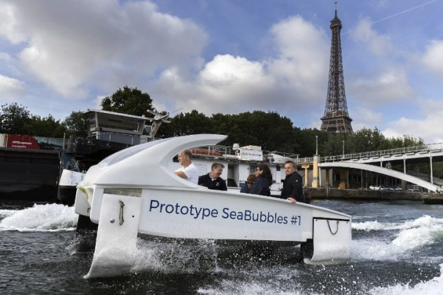 Plans for 'flying water taxis' on Lake Geneva hit choppy water