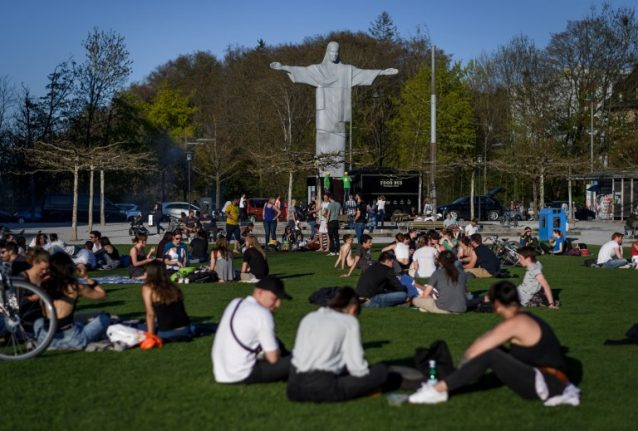 Summer in April: parts of Switzerland see record temperatures