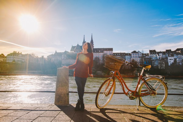 Here comes the sun: Switzerland enjoys burst of early summer weather