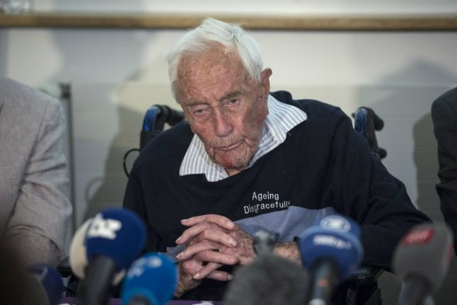 David Goodall commits assisted suicide in Switzerland, aged 104: foundation