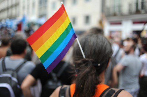 Government to lift legal obstacles to registering gender change