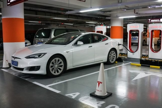 Swiss Tesla accident: carmaker says investigations ongoing