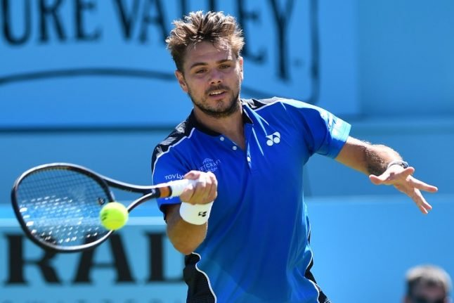 Stan Wawrinka ends wretched run with solid start at Queen's