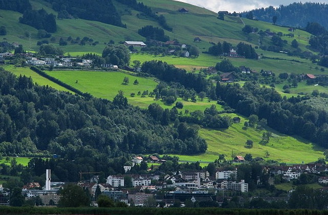 Raclette affair: Swiss town defends decision to deny Brit citizenship