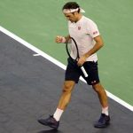 Swiss star Federer battles into quarters at the Shanghai Masters