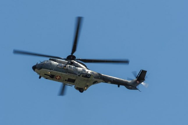 Heli taxis and huge alcohol bills: Swiss army top brass under fire over expenses