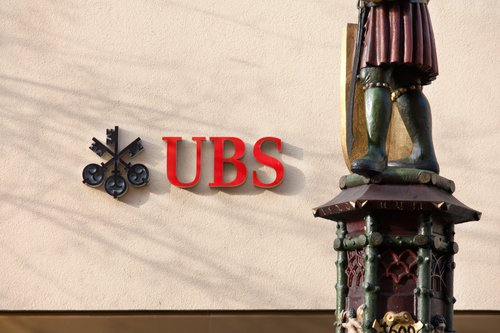 US sues UBS, alleging fraud in financial crisis