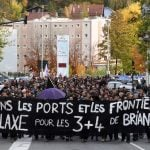 Swiss activists among group jailed for illegally aiding migrants