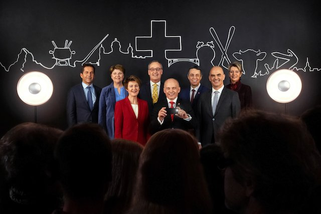 New official Swiss Federal Council photo released