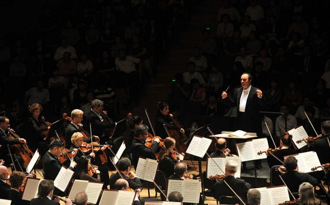 Outcry as orchestra hires Swiss conductor at centre of #MeToo row