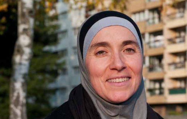 Geneva: Muslim councillor 'forced to sit out council meeting because of headscarf'