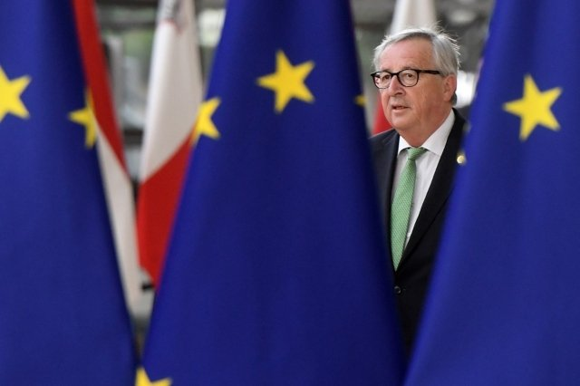Impatient EU pressures Switzerland to back bilateral deal by June 18th