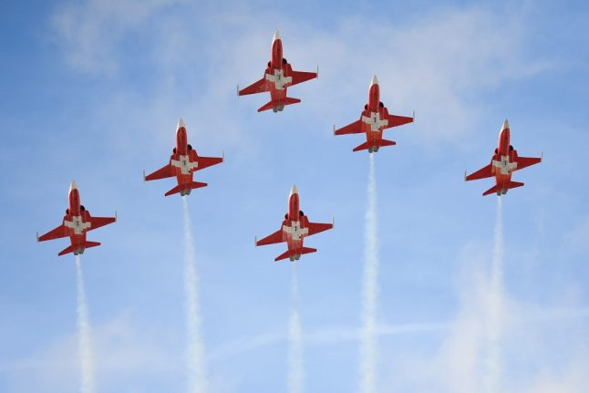 Swiss fighter jets perform air display over wrong town