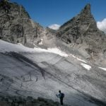 Swiss group plans farewell ceremony for 'dead' Pizol glacier