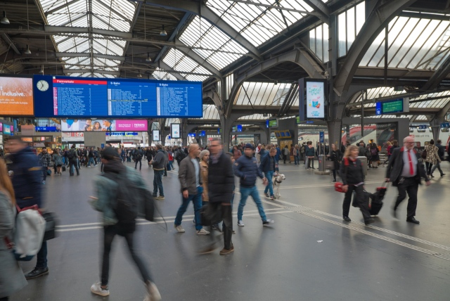 At last: Zurich's main train station goes 'smoke free'