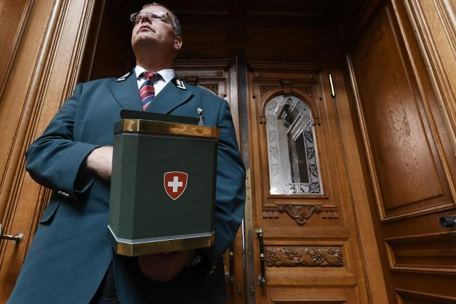 Have your say: Is it time all foreigners in Switzerland had the right to vote?