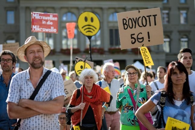 Thousands of Swiss protest 5G wireless over health fears
