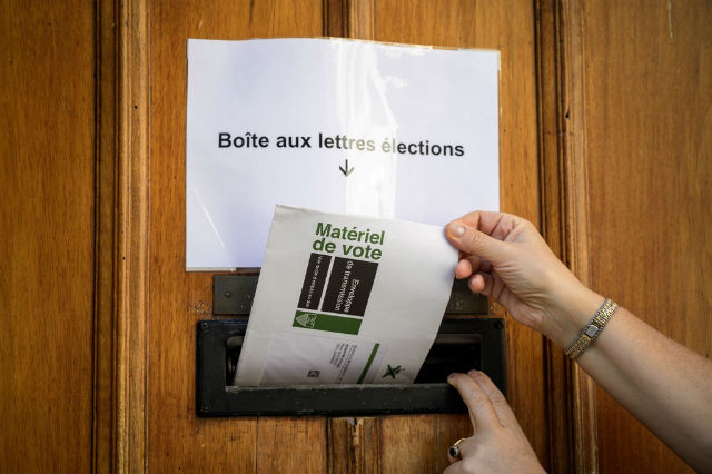 Swiss vote in possible 'green wave' election