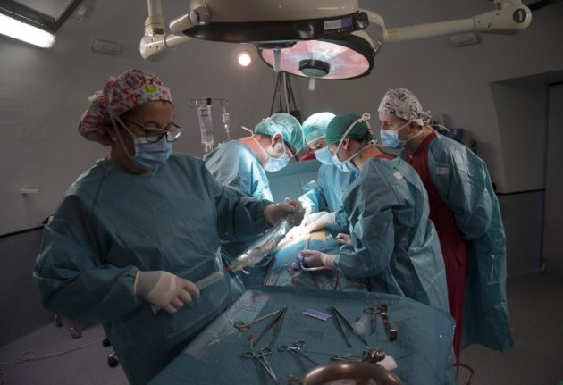New report highlights shortcomings in Swiss medical care