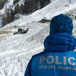 People suspected buried in avalanche at popular Swiss ski resort