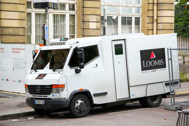 4.5 million francs stolen from armoured car in Bern