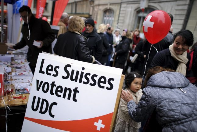 Right-wing Swiss party demands quotas on migration from EU