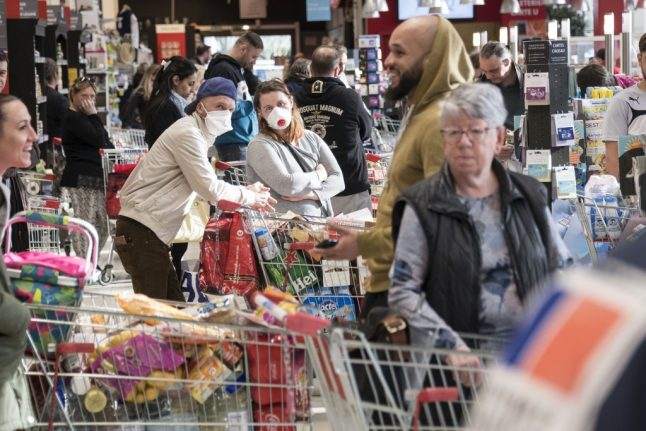 Panic buying in Switzerland: Why there's no need to stockpile