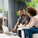 Living abroad: the key steps for managing your finances