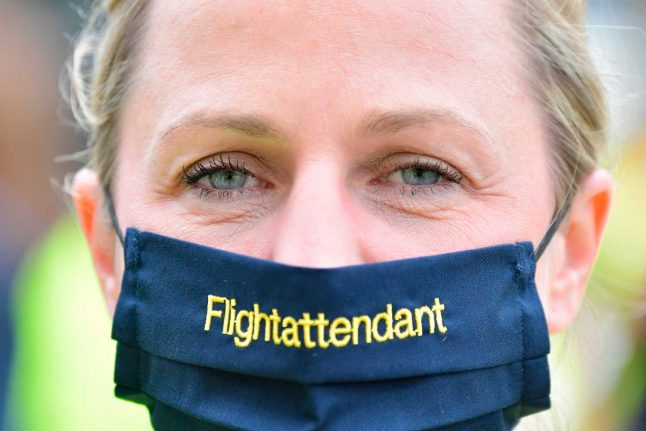 Coronavirus: Masks required on all planes from Saturday