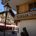 Credit Suisse slashes jobs, branches to move 'online'