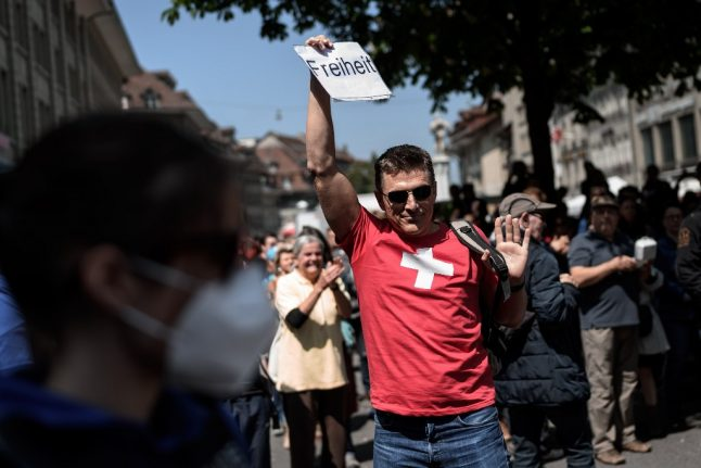 Swiss police use rubber bullets to disperse crowd at 'illegal' street party