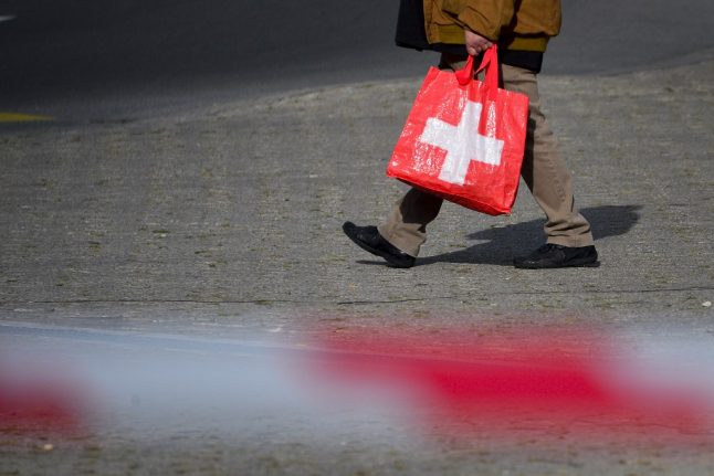 Can Swiss residents continue to shop in France's border regions?