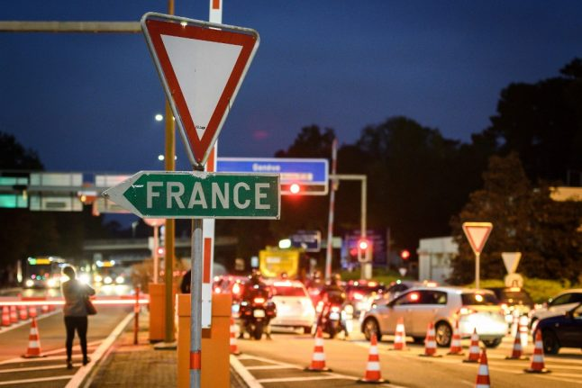 Will border workers in Switzerland be subjected to France's curfew?