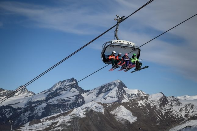 'Not another Ischgl': Switzerland unveils plans to make ski slopes safer this winter