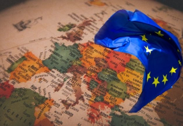 'Landlocked' in the EU: Are you affected by loss of onward freedom of movement?