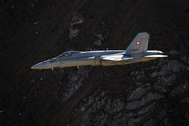 Switzerland to get 24/7 fighter jet protection from 2021