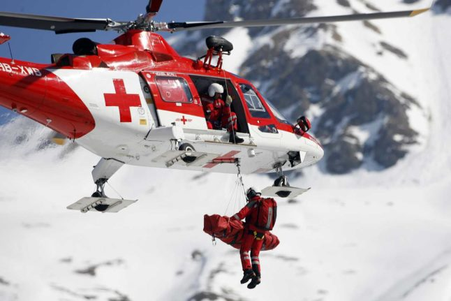 Who were the British and Irish residents killed in Swiss avalanches?