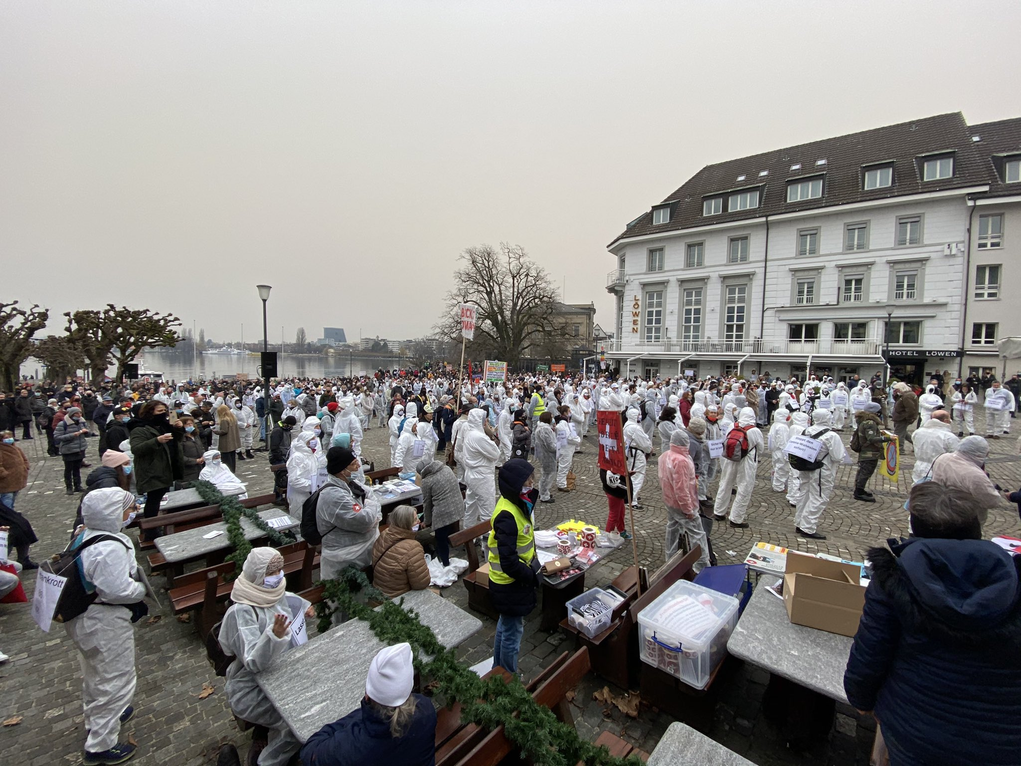 Hundreds protest Covid restrictions in Switzerland