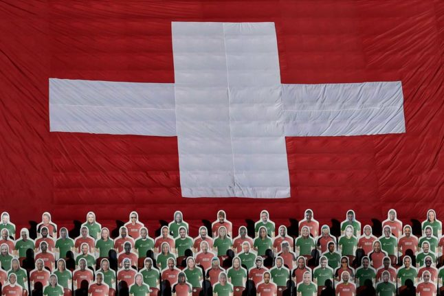 Swiss health chief calls for 'vaccinated and tested people to attend large events in April'