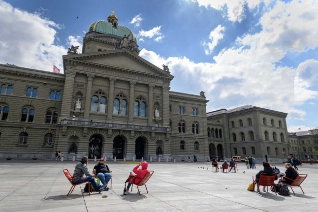 Experts warn Switzerland headed for '10,000 infections a day' after winding back Covid measures