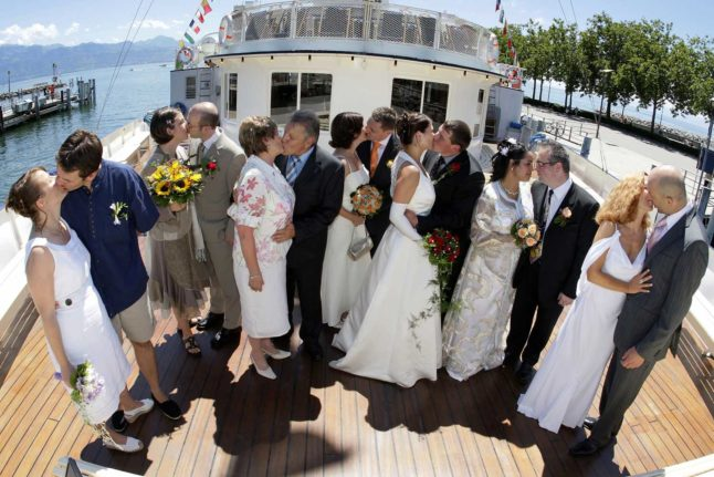Naturalisation through marriage: How your partner can obtain Swiss citizenship