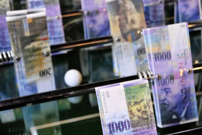 Zurich to roll out universal basic income pilot project