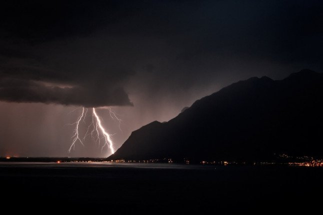 Torrential rain and thunderstorms to continue in parts of Switzerland