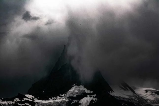 Swiss weather update: Heavy rain and hail forecast for Friday and the weekend
